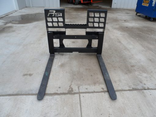 Skid Steer Loader Walk Through Pallet Forks Photo 3